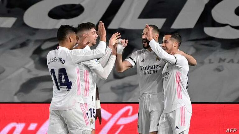 ريال مدريد يحسم الكلاسيكو ويتصدر مؤقتا
