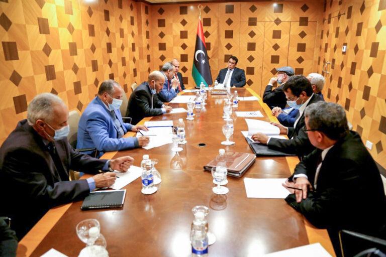 الرئاسي يُناقش مع مجلس التخطيط هيكلة مفوضية المصالحة